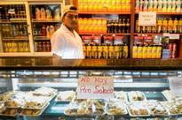 Venezuelan middle-class struggles with shrinking money