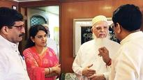 Shaina NC meets Bohra community leader to bridge gap