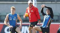 Lynch and May named Suns captains