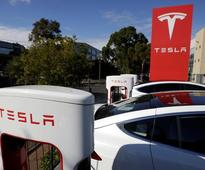 Tesla wins giant battery contract in Australia, has 100-day deadline