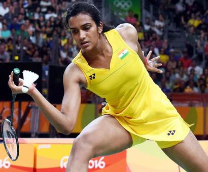 Dubai Super Series Finals: Sindhu storms into title round