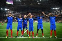 Griezmann double sends hosts France into final