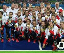 Rio Olympics 2016: Great Britain beat Netherlands for first women's hockey gold in dramatic shoot