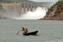 Water level dips in major reservoirs across country