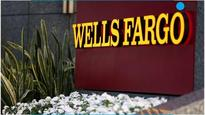 Federal prosecutors examine Wells Fargo