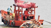 86 fishermen freed by Pakistan reach Veraval in Gujarat