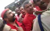 Headload workers forcibly free CITU leader taken into custody; assault policemen