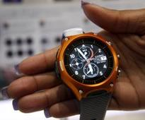 Android Wear 2.0 is finally set to arrive in early February