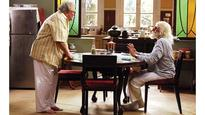 When Amitabh Bachchan and Rishi Kapoor shot barefoot for 102 Not Out