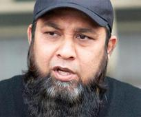 Inzamam-ul-Haq bats for 'friendly' Gujarat