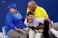Court invader interrupts Australian Open men's final