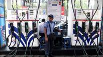 Petrol price breaches Rs 80 mark in Mumbai