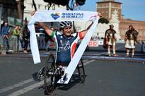 Alex Zanardi Wins Rome Marathon, Sets New Record