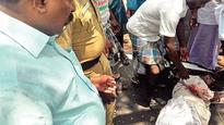Thirumavalavan Comes To the Rescue of Mishap Victims