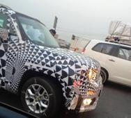 Duster-Segmenter JEEP Renegade Spotted in India Again [Updated]