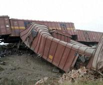 10 coaches of goods train derails in Unnao