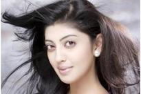 Brahmotsavam is a heart-warming family drama: Pranitha Subhash