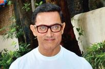 Aamir Khan wants 'Dangal' daughters Sanya and Fatima cast in 'Dil Chahta Hai' female reboot