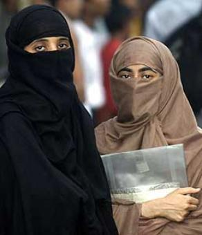PM's 1st statement on Triple Talaq: Lives of Muslim women can't be destroyed