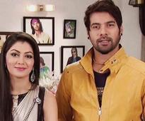Kumkum Bhagya: Lead actress Sriti Jha wishes co-star Shabbir Ahluwalia in most adorable way!