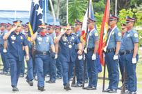 PNP chief rallies men to wage stronger war against drugs