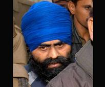 Punjab CM, Dy CM meet PM seeking Bhullar's clemency