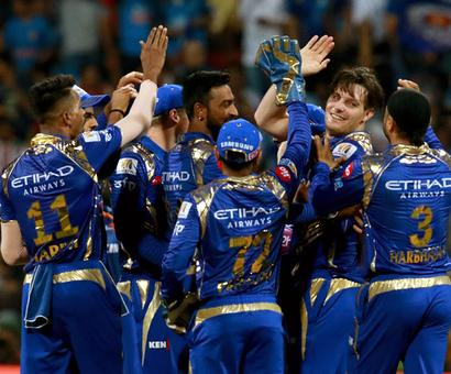When bowlers won the match for Mumbai Indians