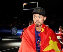 Lin Dan wins All England Open Badminton Championships