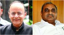 Dy CM Nitin Patel meets FM Jaitley, seeks timely release of grants