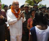 Shinde in Jharkhand, reviews security