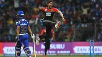 IPL 2018 - MI vs RCB: Umesh Yadav strikes off first two balls, gives Virat Kohli's team perfect start at Wankhede