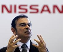 Nissan chases US sales gains as discounts lift it beyond Honda