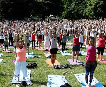 US school replaces detention with Yoga