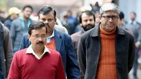 AAP, chup kyon hai?: Twitter goes all out after Ashutosh calls March 11 a 'historic day' in Indian politics
