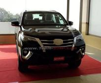 2016 Toyota Fortuner Launch In November, Reaches Dealerships