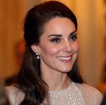 Kate wears Anita Dongre earrings at UK-India Buckingham party