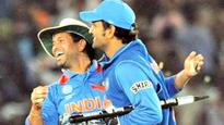 India v/s Sri Lanka, 4th ODI: Sachin Tendulkar leads Twitter applause for milestone man MS Dhoni