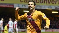 Scott McDonald: Motherwell striker extends stay
