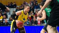 Hoop star Carl English signs contract in Spain