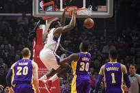 Clippers get even, rout Lakers