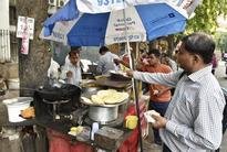 Street vendors to get 10,000 garbage bins