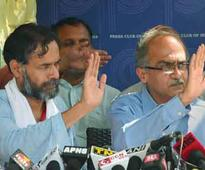 After Bhushan, now Yadav likely to be sacked as AAP chief spokesperson