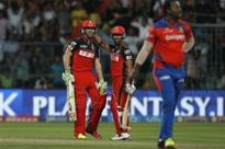 De Villiers the star as Bangalore reach final