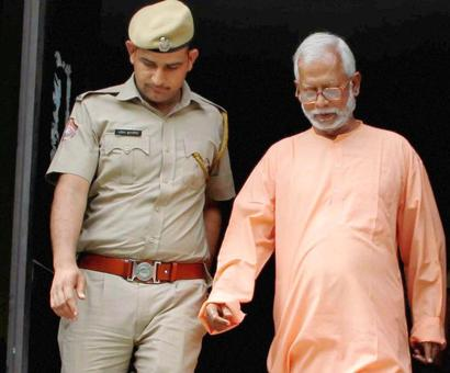 BJP may rope in Swami Aseemanand to work in West Bengal