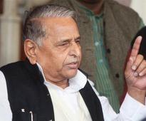 CBI stung Mulayam calls Congress misusing agency & IT dept
