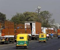 Develop Mumbai-Pune expressway as intelligent corridor, says Nikhil Meswani