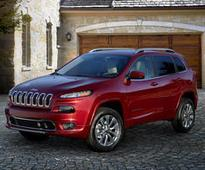 Jeep channels its inner fancy-pants with the Cherokee Overland - Roadshow