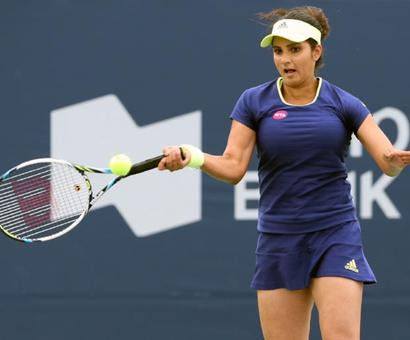 Sania to miss Australian Open with knee injury, surgery likely