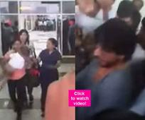 This is how Shah Rukh Khan saved AbRam from getting mobbed  watch video!