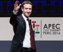 World's 8 richest men own as much as 3.6 billion poorest